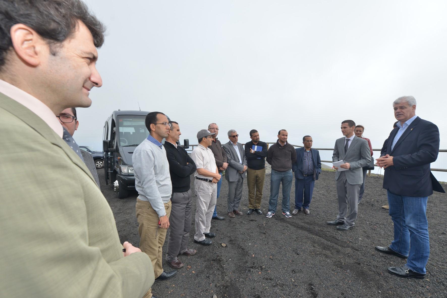 Alpidio Armas habla de la Central Hidroeólica de El Hierro con representantes de la región de Souss Massa Drâa